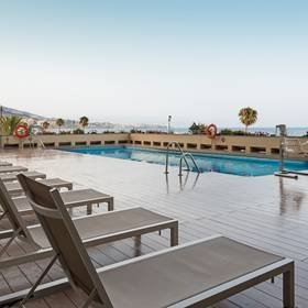 Piscina all'aperto hotel ilunion fuengirola