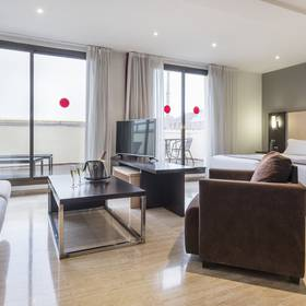 Junior suite hotel ilunion almirante barcellona