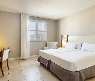 Camera accessibile hotel ilunion fuengirola